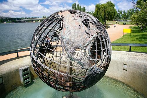 Captain Cook Memorial bij Lake Burley Griffin in Canberra Foto:Bidgee