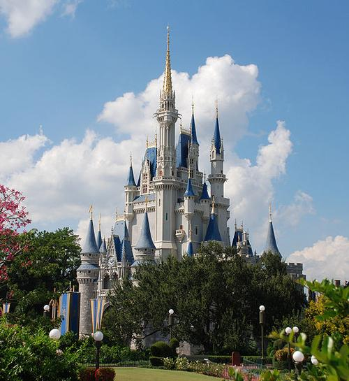 Cinderella Castle in de Magic Kingdom Disneyland Foto:SteamFan